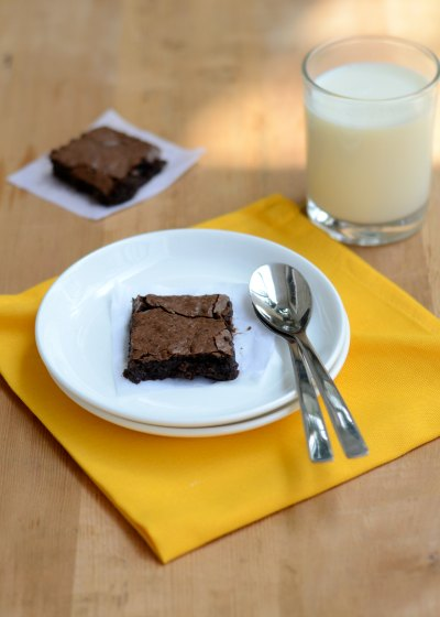 Easy-from-scratch-Healthy-low-fat-fudge-brownie-Recipe |kannammacooks.com #Healthy#baking#fudge#brownie#chocolate#yummy