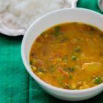 Manjal poosanikai sambar / Pumpkin and lentil Sambar (Vegan)