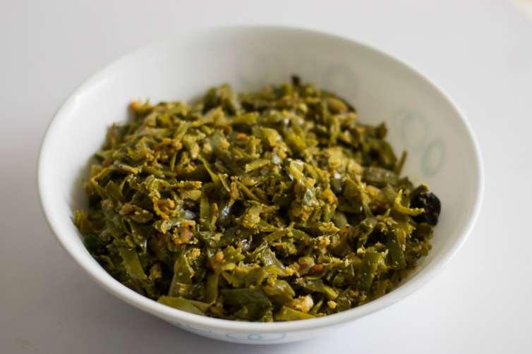 Broad bean stir-fry - Avarakkai Poriyal #vegan #glutenfree #indian #lunch #stirfry #healthy #recipe #vegetable