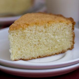 Moist-fluffy-best-simple-vanilla-cake-hot-milk-cake-indian-tea-cake-crumb1  kannammacooks.com #indian #tea #cake #vanilla #sponge #plain #crumb #yummy