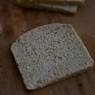 classic-100-percent-whole-wheat-atta-bread-recipe-slice