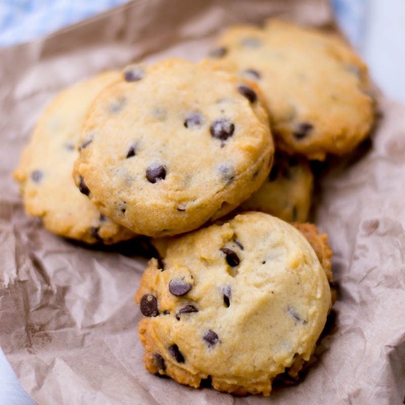 Famous Amos Macadamia Chocolate Chip Cookies Recipe