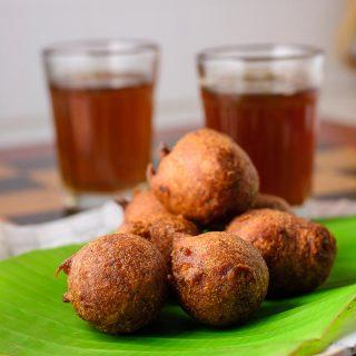 pazha-kachayam-banana-kajjaya-tamil-recipe-1