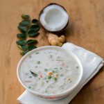 south-indian-Kerala-style-vegetable-stew-for-appam