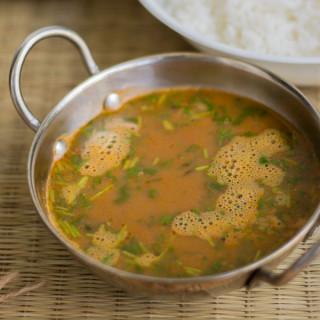tamil-kollu-paruppu-rasam-horsegram-rasam-ulavacharu-for weight-loss-for-cold-medicine-warm-soup  kannammacooks.com #cold #medicine #soup #for #weightloss #kollu #ulavalu #horsegram #nutrient #rich #lentil #soup