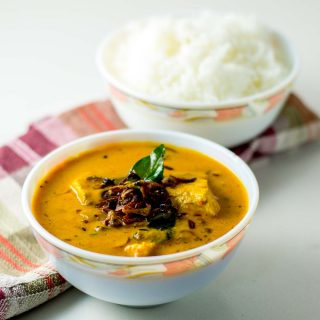 thengai-paal-meen-kuzhambu-fish-curry-coconut-milk-recipe-1-3